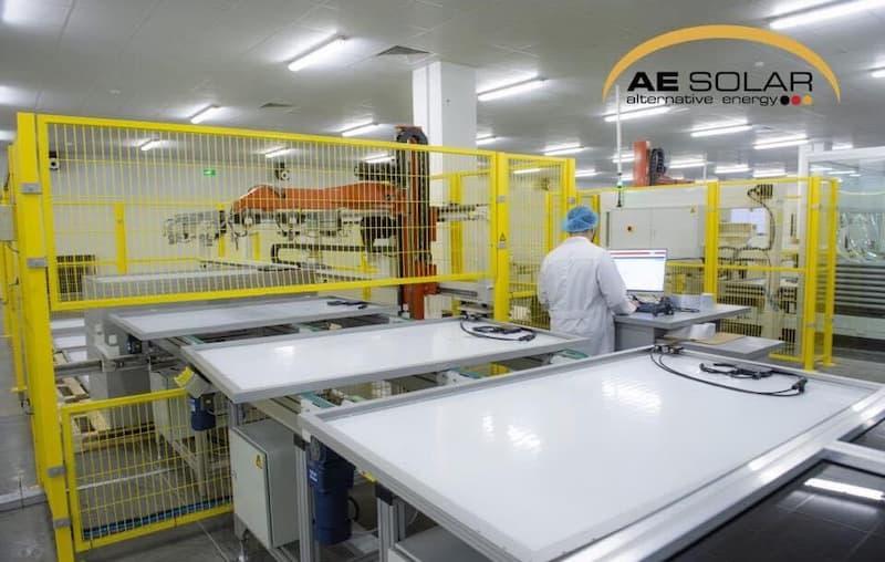 Tấm Pin Mặt Trời AE Solar 400 Wp Mono 72 Cell ứng dụng công nghệ tiên tiến PERC